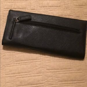 Kenneth Cole Bags - Black Kenneth Cole Wallet